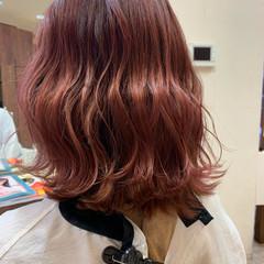 ベリーピンク ピンクブラウン ピンク ボブ ヘアスタイルや髪型の写真・画像