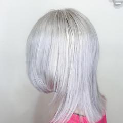 派手髪 ミディアム ハイトーンカラー ブリーチ ヘアスタイルや髪型の写真・画像
