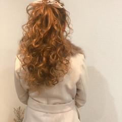ポニーテールアレンジ ヘアセット ブライダル フェミニン ヘアスタイルや髪型の写真・画像