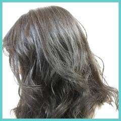 セミロング ストリート 暗髪 ハイライト ヘアスタイルや髪型の写真・画像
