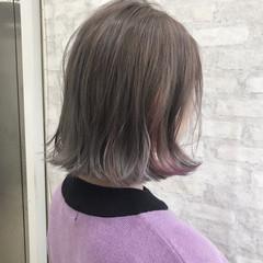 インナーカラー ボブ アッシュグレージュ ストリート ヘアスタイルや髪型の写真・画像