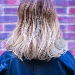 ゆるふわ 外国人風カラー ストリート アッシュ ヘアスタイルや髪型の写真・画像