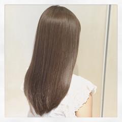 フェミニン コンサバ アッシュ ハイライト ヘアスタイルや髪型の写真・画像