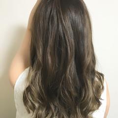 グラデーションカラー 大人かわいい ハイライト アッシュ ヘアスタイルや髪型の写真・画像