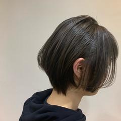 耳掛けショート ショートヘア ストリート ショートボブ ヘアスタイルや髪型の写真・画像