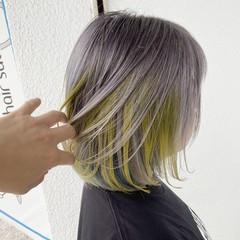 ホワイトカラー 極細ハイライト ショート ホワイトシルバー ヘアスタイルや髪型の写真・画像
