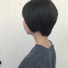 オリーブアッシュ 暗髪 マット ショート ヘアスタイルや髪型の写真・画像