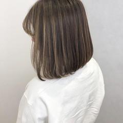 ミニボブ 大人かわいい グレージュ ナチュラル ヘアスタイルや髪型の写真・画像