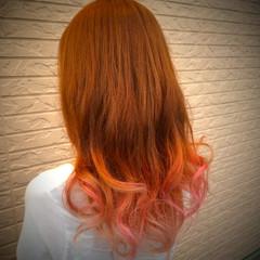 ピンク ゆるふわ ガーリー グラデーションカラー ヘアスタイルや髪型の写真・画像