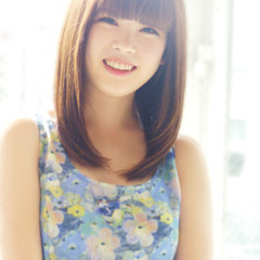 大人女子 ストレート 前髪あり ミディアム ヘアスタイルや髪型の写真・画像