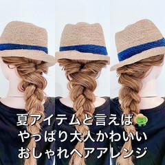 ロング フェミニン ヘアセット 簡単ヘアアレンジ ヘアスタイルや髪型の写真・画像