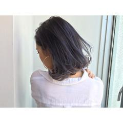 外ハネ ミディアム アッシュ 暗髪 ヘアスタイルや髪型の写真・画像