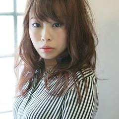 セミロング フェミニン ゆるふわ ロング ヘアスタイルや髪型の写真・画像