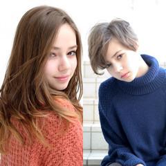 フェミニン ストリート 外国人風 ストレート ヘアスタイルや髪型の写真・画像