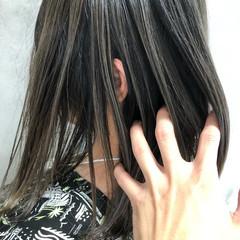 ブリーチ必須 グラデーションカラー バレイヤージュ 切りっぱなしボブ ヘアスタイルや髪型の写真・画像