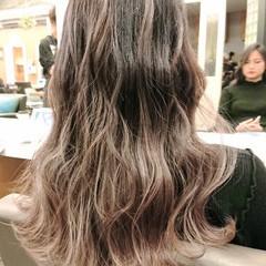 銀座美容室 セミロング イルミナカラー ブリーチ ヘアスタイルや髪型の写真・画像