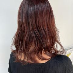 ピンクベージュ ナチュラル セミロング ピンクカラー ヘアスタイルや髪型の写真・画像