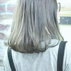ガーリー アッシュ ハイライト 暗髪 ヘアスタイルや髪型の写真・画像