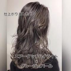 大人かわいい バレイヤージュ エアータッチ ナチュラル ヘアスタイルや髪型の写真・画像