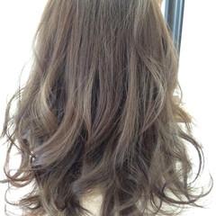 ストリート 外国人風 アッシュ セミロング ヘアスタイルや髪型の写真・画像