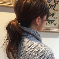 ポニーテール セミロング パーマ 簡単ヘアアレンジ ヘアスタイルや髪型の写真・画像