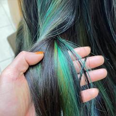 ストレート ブリーチカラー ロング インナーカラー ヘアスタイルや髪型の写真・画像