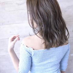 ミディアム ナチュラル ゆる巻き 可愛い ヘアスタイルや髪型の写真・画像