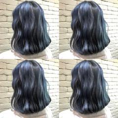 ブルーアッシュ ブルージュ ショートボブ ストリート ヘアスタイルや髪型の写真・画像