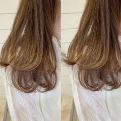 レイヤーカット セミロング ミディアムレイヤー レイヤーヘアー ヘアスタイルや髪型の写真・画像