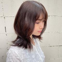 小顔ヘア 外ハネ ショコラブラウン ナチュラルベージュ ヘアスタイルや髪型の写真・画像