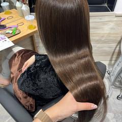 ミルクティーベージュ ロング ベージュ ナチュラル ヘアスタイルや髪型の写真・画像