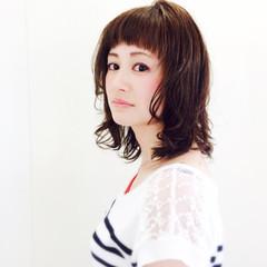 ワイドバング ミディアム ピュア 大人かわいい ヘアスタイルや髪型の写真・画像
