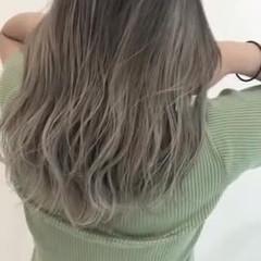 ホワイトカラー ブリーチカラー ストリート セミロング ヘアスタイルや髪型の写真・画像
