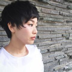 黒髪 モード ナチュラル パーマ ヘアスタイルや髪型の写真・画像