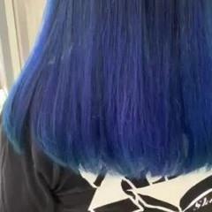 ナチュラル ネイビーブルー インナーカラー 外国人風 ヘアスタイルや髪型の写真・画像