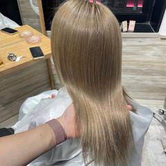 ハイトーンカラー ミルクティーベージュ ミルクティー ハイトーン ヘアスタイルや髪型の写真・画像