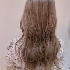ロング フェミニン ハイライト ブリーチ ヘアスタイルや髪型の写真・画像