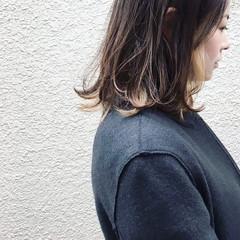 ロブ インナーカラー ミディアム ナチュラル ヘアスタイルや髪型の写真・画像