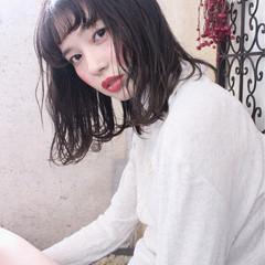外国人風 アンニュイ パーマ ナチュラル ヘアスタイルや髪型の写真・画像
