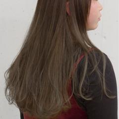 ロング ナチュラル ミルクティー 大人かわいい ヘアスタイルや髪型の写真・画像