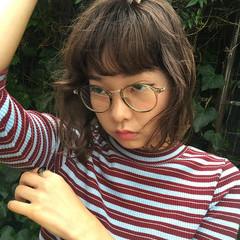 色気 アッシュベージュ グレージュ ガーリー ヘアスタイルや髪型の写真・画像