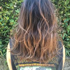 バレイヤージュ ビーチガール ロング 外国人風カラー ヘアスタイルや髪型の写真・画像