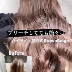 アッシュベージュ エレガント ロング アッシュグレー ヘアスタイルや髪型の写真・画像