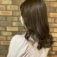 韓国ヘア ナチュラル アディクシーカラー オリーブアッシュ ヘアスタイルや髪型の写真・画像