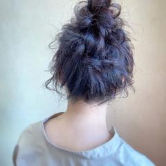 お団子ヘア フェミニン 結婚式 大人かわいい ヘアスタイルや髪型の写真・画像