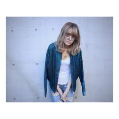 セミロング ストリート グラデーションカラー 外国人風 ヘアスタイルや髪型の写真・画像