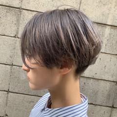 ミルクティーベージュ ハンサムショート ショート ブリーチカラー ヘアスタイルや髪型の写真・画像