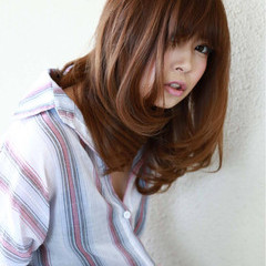 ボブ フェミニン 色気 ストレート ヘアスタイルや髪型の写真・画像