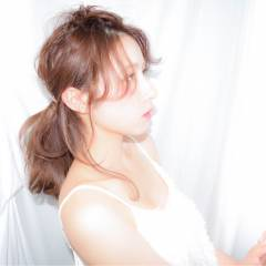愛され フェミニン ミディアム ヘアアレンジ ヘアスタイルや髪型の写真・画像