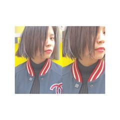 暗髪 モード ストリート 切りっぱなし ヘアスタイルや髪型の写真・画像